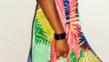 96dde80d283  LOOK  Comment je porte ma robe tropicale