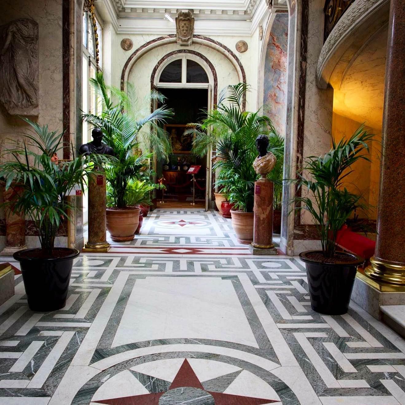 Hotel Paris Au Mois