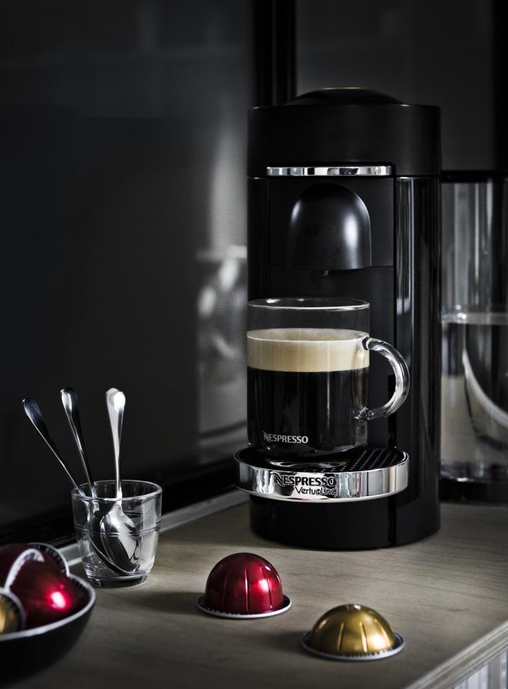 La Nouvelle Machine à Café de Nespresso, La Vertuo, arrive ...